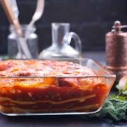 Lasagne mit Tomatensauce und Aromagewürz