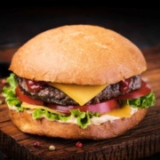Gegrillter Cheeseburger