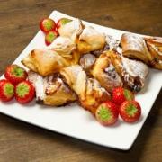 Italienisches Dessert mit Früchten